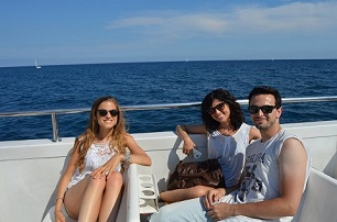 Our students on their Golodrinas boat trip in Barcelona!